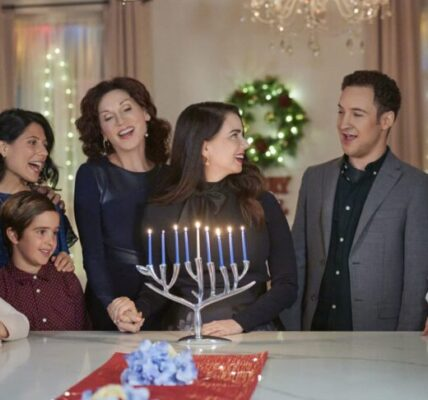 Love, Lights, Hanukkah! review